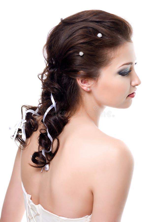 Γάμος hairstyle για τη νύφη στοκ εικόνα με δικαίωμα ελεύθερης χρήσης