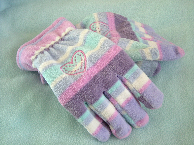 Download γάντια δύο στοκ εικόνες. εικόνα από βακκινίων, κατσίκια - 61498
