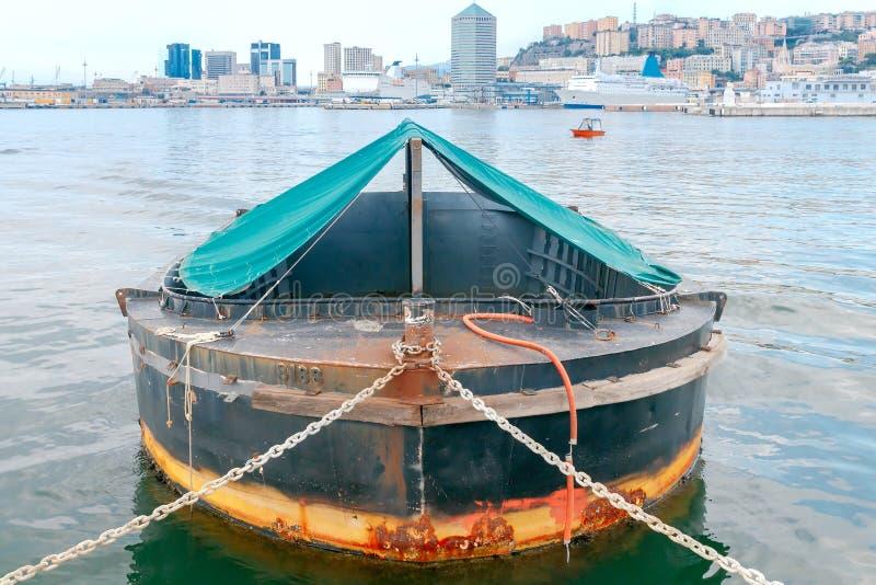 Γένοβα Αλιευτικά σκάφη στο θαλάσσιο λιμένα στοκ φωτογραφία με δικαίωμα ελεύθερης χρήσης