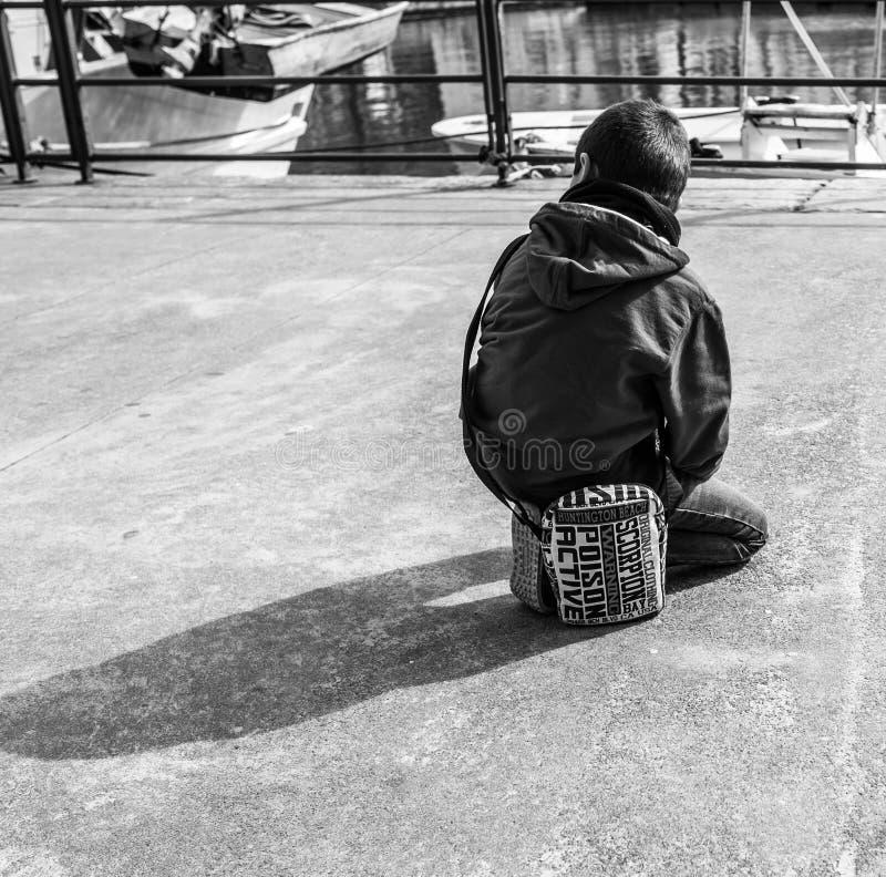 Γένοβα, Ιταλία - 21 Απριλίου 2016: Ιταλικοί λαοί σε μια βιασύνη somewhe στοκ φωτογραφίες