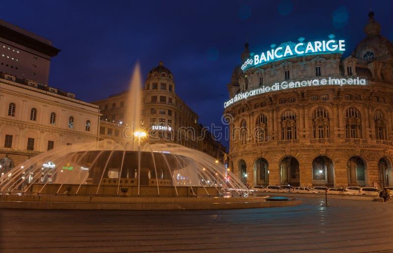 Γένοβα, Ιταλία - 26 Μαρτίου: Η φωτογραφία λυκόφατος Piazza de Ferrari είναι το κύριο τετράγωνο της Γένοβας στις 25 Μαρτίου 2016 σ στοκ εικόνες