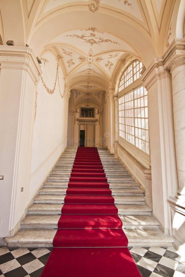 Γένοβα, Ιταλία - Royal Palace, αίθουσα εισόδων, σκάλα στοκ φωτογραφία με δικαίωμα ελεύθερης χρήσης
