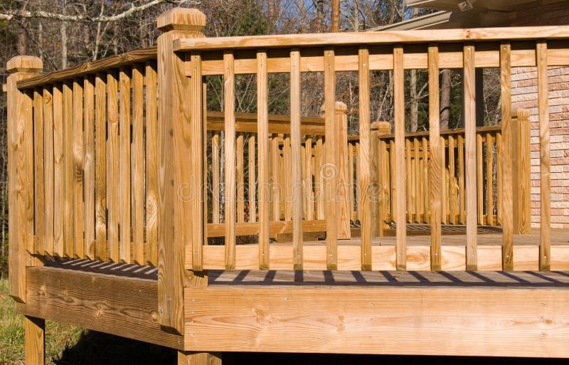 γέφυρα έξω από το δάσος στοκ εικόνα με δικαίωμα ελεύθερης χρήσης