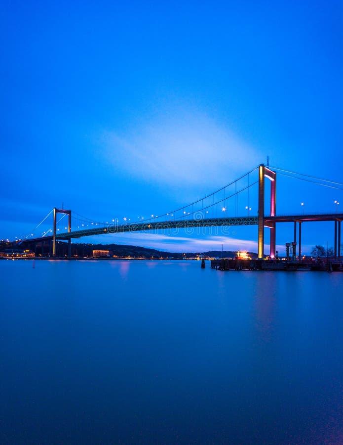 Γέφυρα αναστολής στο Γκέτεμπουργκ Σουηδία που συνδέει το κύριο έδαφος με το Ι στοκ φωτογραφίες με δικαίωμα ελεύθερης χρήσης