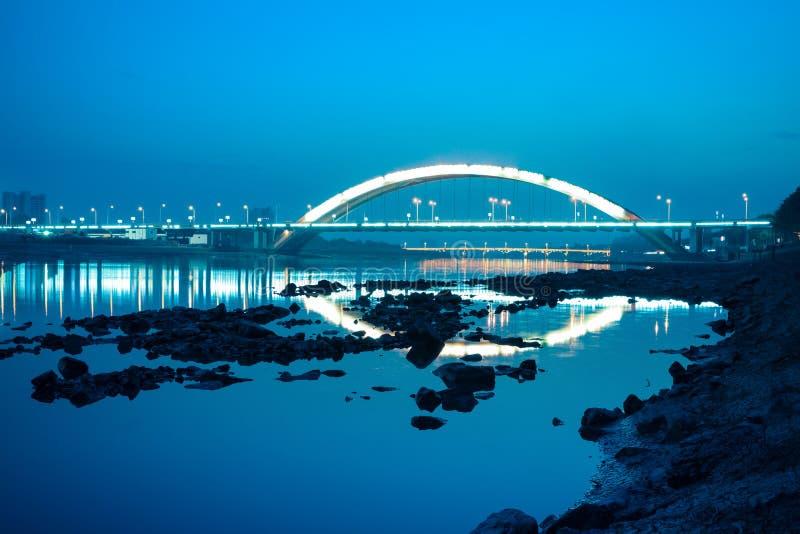 Γέφυρα εθνικών οδών τη νύχτα στοκ εικόνες με δικαίωμα ελεύθερης χρήσης