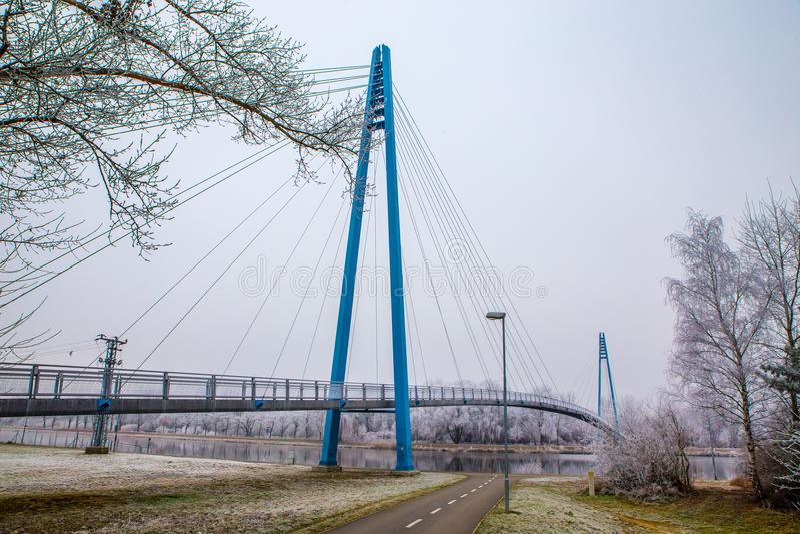 Γέφυρα επάνω από το Elbe ποταμός-Celakovice, τσεχικό ύφασμα στοκ φωτογραφίες