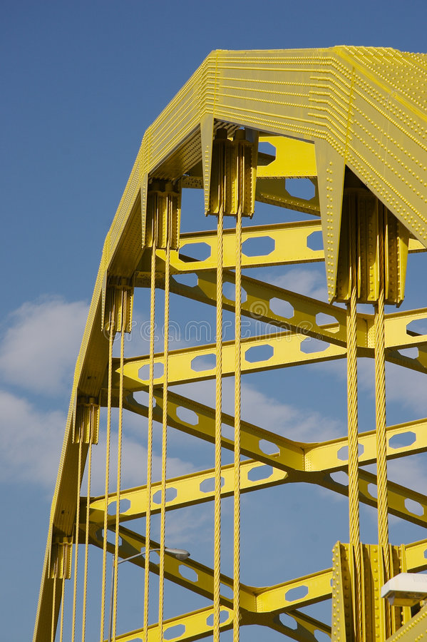 γέφυρα κίτρινη στοκ φωτογραφία με δικαίωμα ελεύθερης χρήσης