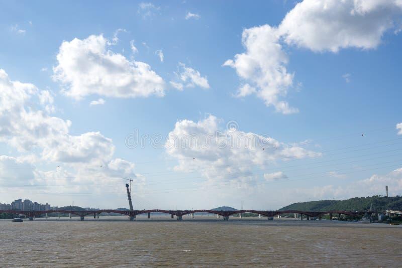 Γέφυρα και han ποταμός Seongsan στοκ φωτογραφίες με δικαίωμα ελεύθερης χρήσης