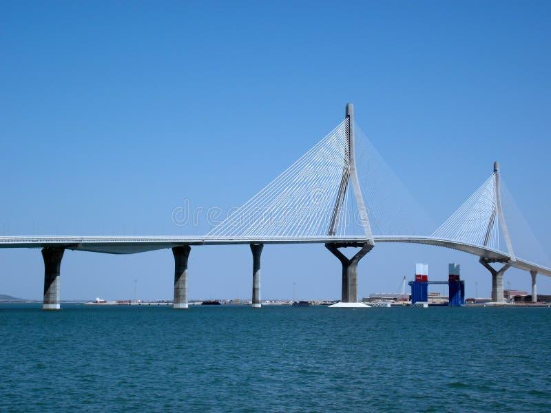 γέφυρα Καντίζ νέο Αποκαλούμενο Pepa ή το σύνταγμα Ανδαλουσία Ισπανία στοκ φωτογραφία με δικαίωμα ελεύθερης χρήσης