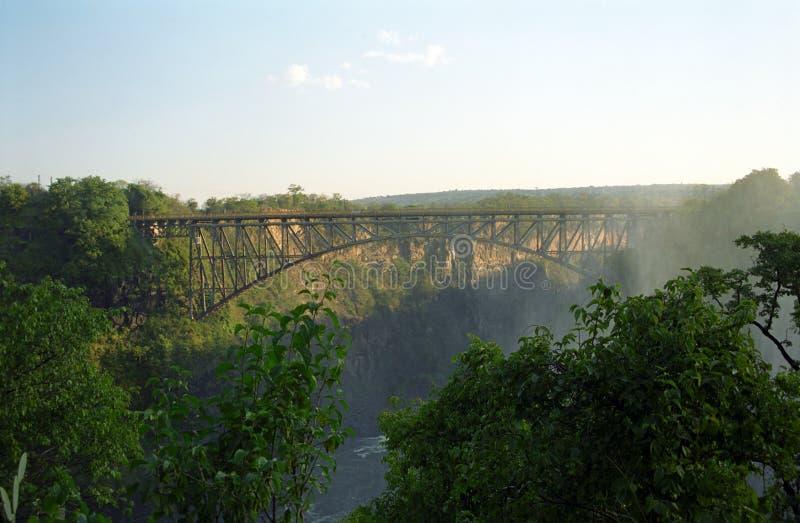 Γέφυρα πέρα από τον ποταμό Ζαμβέζης στοκ φωτογραφίες
