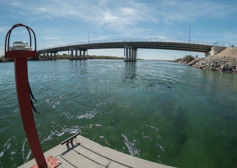 Γέφυρα πέρα από τον ποταμό του Κολοράντο, Laughlin, Νεβάδα στοκ φωτογραφίες με δικαίωμα ελεύθερης χρήσης