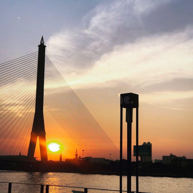 Γέφυρα πέρα από τον ποταμό Chao Phraya στοκ φωτογραφία