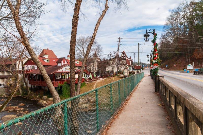 Γέφυρα πέρα από τον ποταμό Chattahoochee, Helen, ΗΠΑ στοκ εικόνες