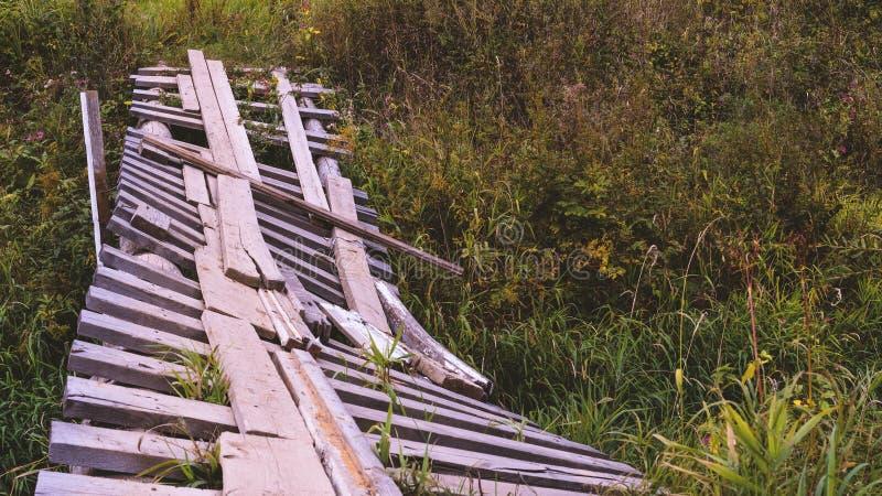 γέφυρα που σπάζουν στοκ εικόνες