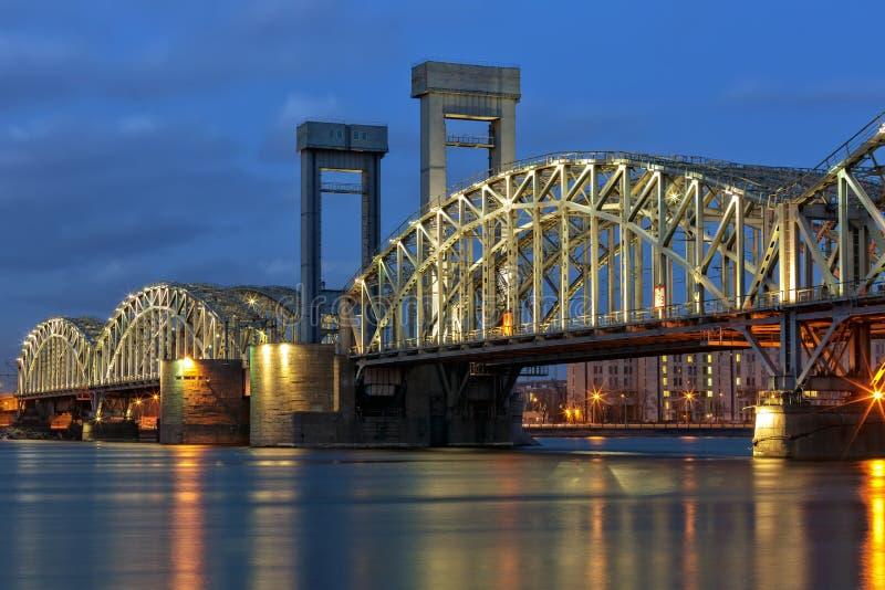 Γέφυρα σιδηροδρόμων της Φινλανδίας, Πετρούπολη στοκ φωτογραφία