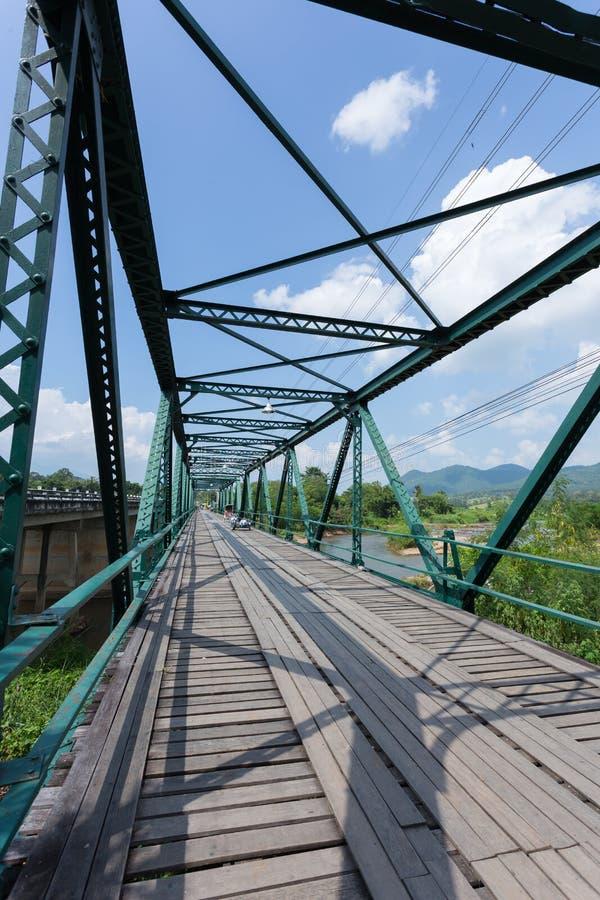 Γέφυρα σιδήρου στον ποταμό pai στοκ εικόνα με δικαίωμα ελεύθερης χρήσης