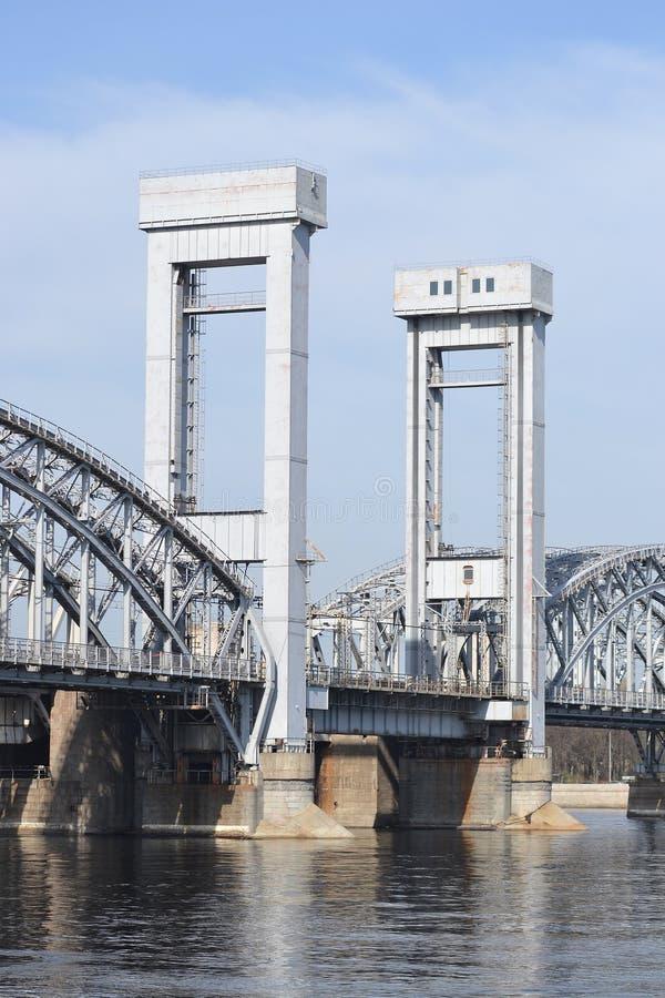 Γέφυρα σιδηροδρόμων της Φινλανδίας, ST Πετρούπολη. στοκ φωτογραφία με δικαίωμα ελεύθερης χρήσης