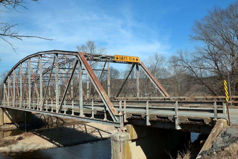 Γέφυρα στα βουνά Ozark, Μισσούρι στοκ εικόνα με δικαίωμα ελεύθερης χρήσης