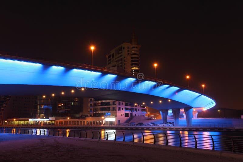 Γέφυρα στη μαρίνα του Ντουμπάι στοκ φωτογραφία με δικαίωμα ελεύθερης χρήσης