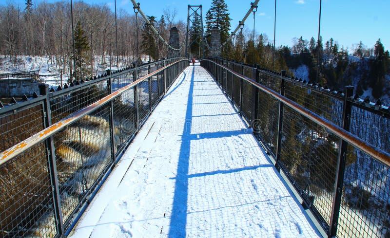 Γέφυρα στις πτώσεις του Montmorency στην πόλη του Κεμπέκ, Καναδάς στοκ εικόνα με δικαίωμα ελεύθερης χρήσης