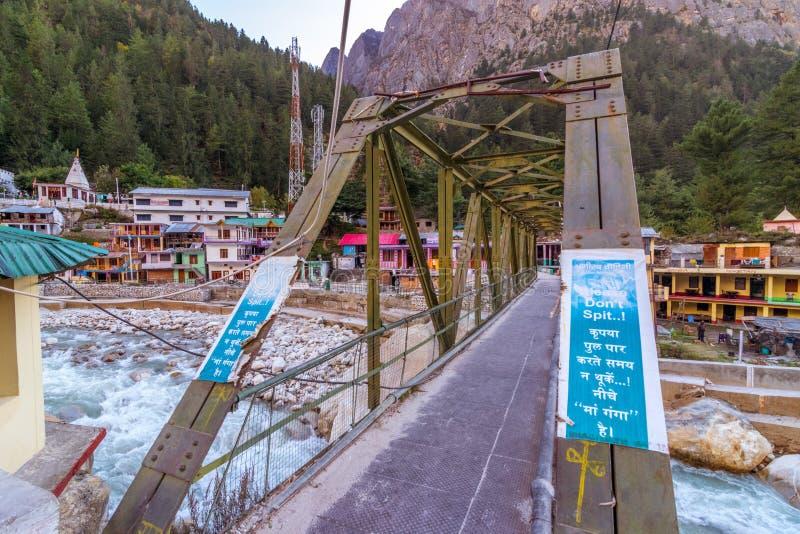 Γέφυρα στον ποταμό Ganga σε Gangotri - Uttrakhand στοκ φωτογραφίες