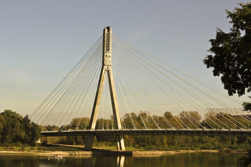 Download γέφυρα σύγχρονη Βαρσοβία στοκ εικόνες. εικόνα από σύννεφα - 22792908