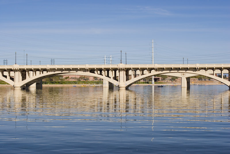 γέφυρα τέφρας ave στοκ φωτογραφία με δικαίωμα ελεύθερης χρήσης