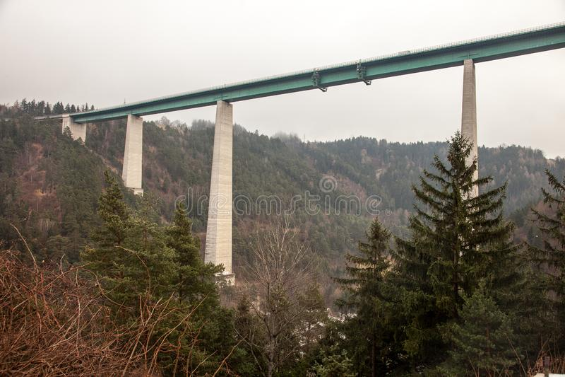 Γέφυρα της Ευρώπης, στο πέρασμα Brenner στην Ιταλία στοκ φωτογραφία με δικαίωμα ελεύθερης χρήσης