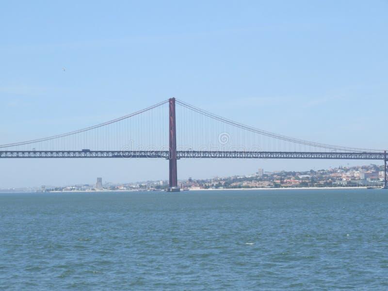 Γέφυρα της Πορτογαλίας στις 25 Απριλίου - Πορτογαλία στοκ φωτογραφία με δικαίωμα ελεύθερης χρήσης