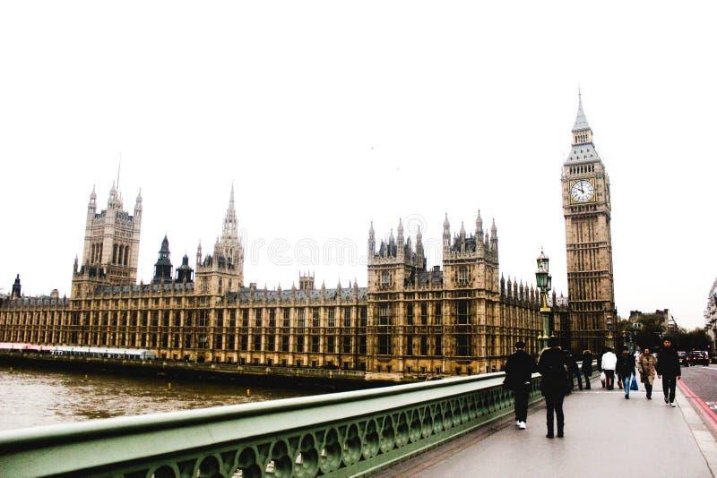 Γέφυρα του Λονδίνου Γουέστμινστερ, μοναστήρι του Westminster, παλάτι του Γουέστμινστερ, Big Ben στοκ εικόνες
