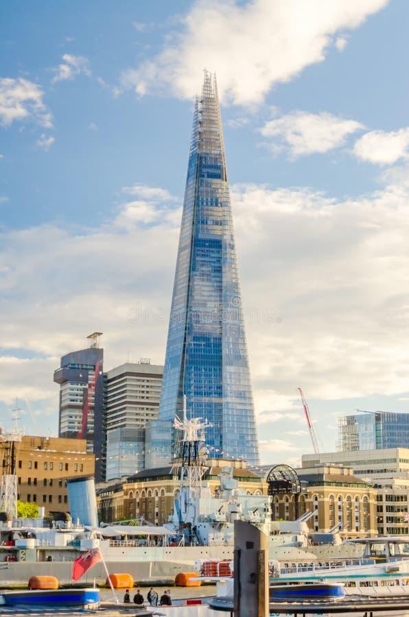 Γέφυρα του Λονδίνου Shard, εικονικό ορόσημο του Λονδίνου στοκ φωτογραφίες