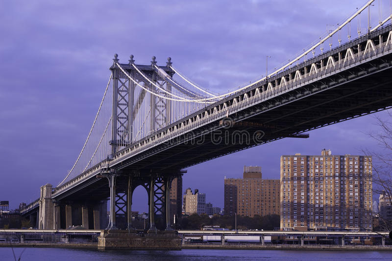 Γέφυρα του Μανχάταν στο φως απογεύματος. στοκ φωτογραφία με δικαίωμα ελεύθερης χρήσης