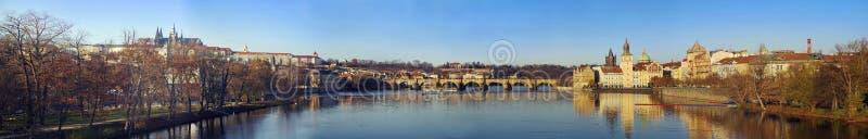 Γέφυρα του Charles - Karluv πιό πολύ στοκ φωτογραφίες με δικαίωμα ελεύθερης χρήσης