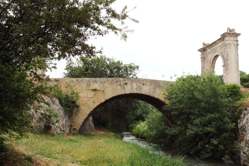 Γέφυρα του Flavien, Άγιος-Chamas, Γαλλία στοκ φωτογραφία με δικαίωμα ελεύθερης χρήσης
