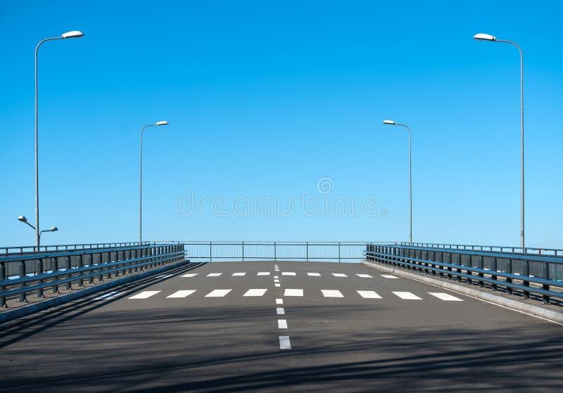 Γέφυρα χωρίς τέλος στοκ εικόνες