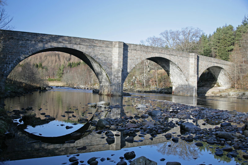 γέφυρα dee πέρα από τον ποταμό στοκ φωτογραφία με δικαίωμα ελεύθερης χρήσης