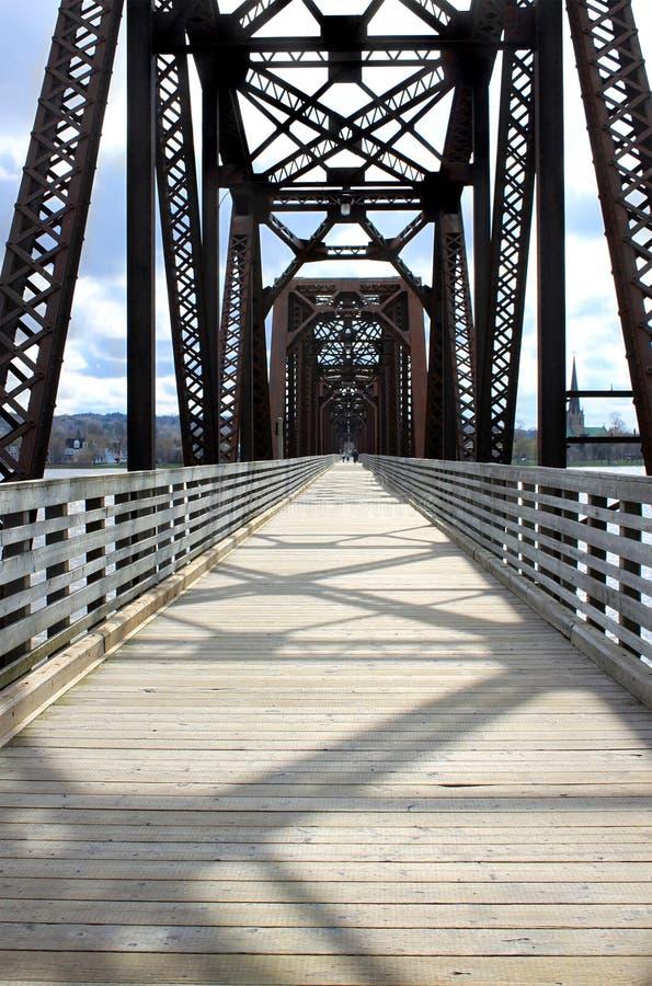 γέφυρα fredericton που περπατά στοκ φωτογραφία
