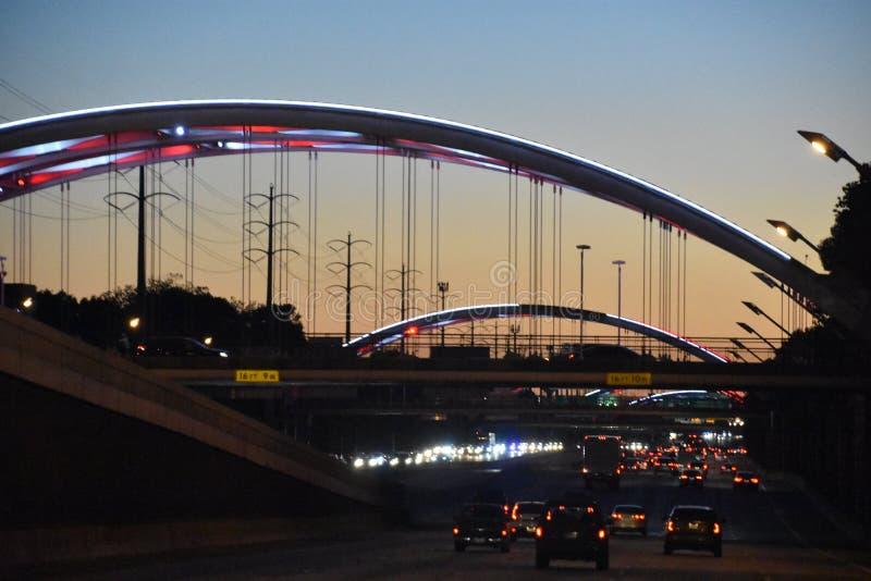 Γέφυρα Montrose πάνω από US-59 στο Χιούστον του Τέξας στοκ εικόνες
