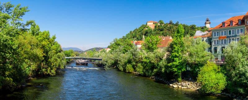 Γέφυρα Murinsel στο Γκραζ στοκ εικόνες