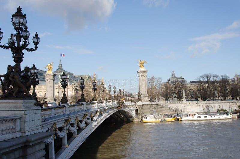 Γέφυρα pont Alexandre ΙΙΙ στοκ φωτογραφία με δικαίωμα ελεύθερης χρήσης
