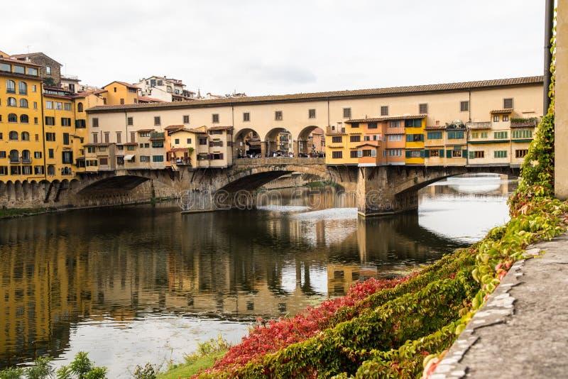 Γέφυρα Ponte Vecchio, Φλωρεντία, Ιταλία στοκ εικόνα