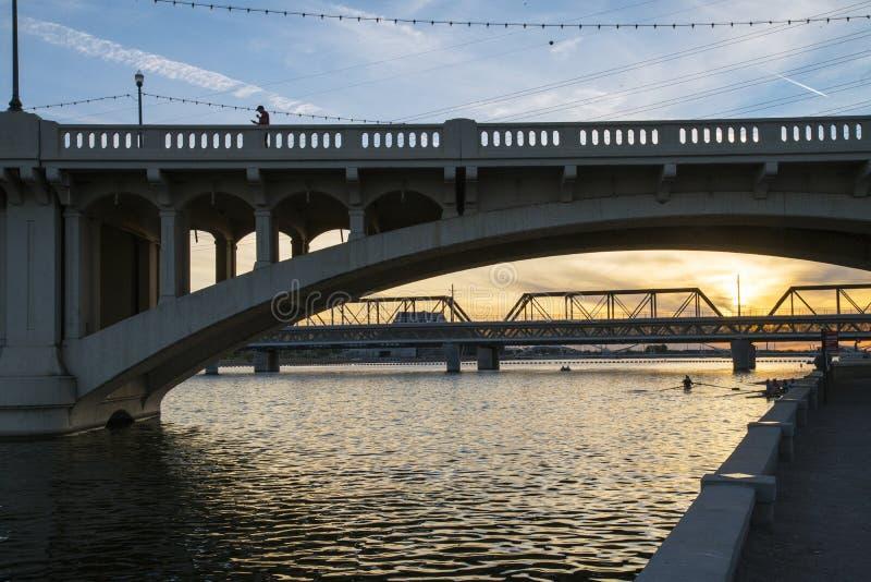 Γέφυρες οδών μετρό και μύλων στοκ εικόνα