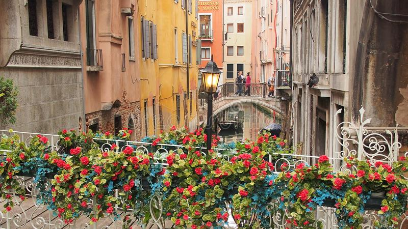 Γέφυρες πέρα από το δευτερεύον κανάλι, Βενετία στοκ εικόνα
