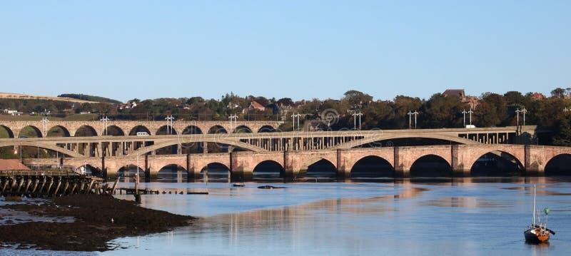 Γέφυρες πέρα από το τουίντ ποταμών, Berwick, Northumberland στοκ εικόνες
