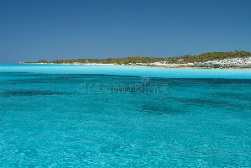 Γαλήνια ύδατα του νησιού Μπαχάμες γατών στοκ εικόνα με δικαίωμα ελεύθερης χρήσης