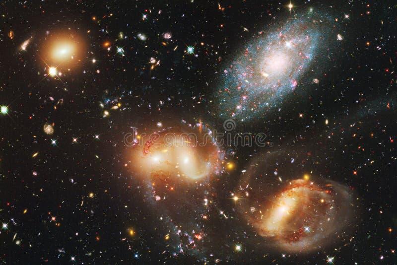 Γαλαξίες, αστέρια και nebulas στην τρομερή διαστημική εικόνα στοκ φωτογραφίες