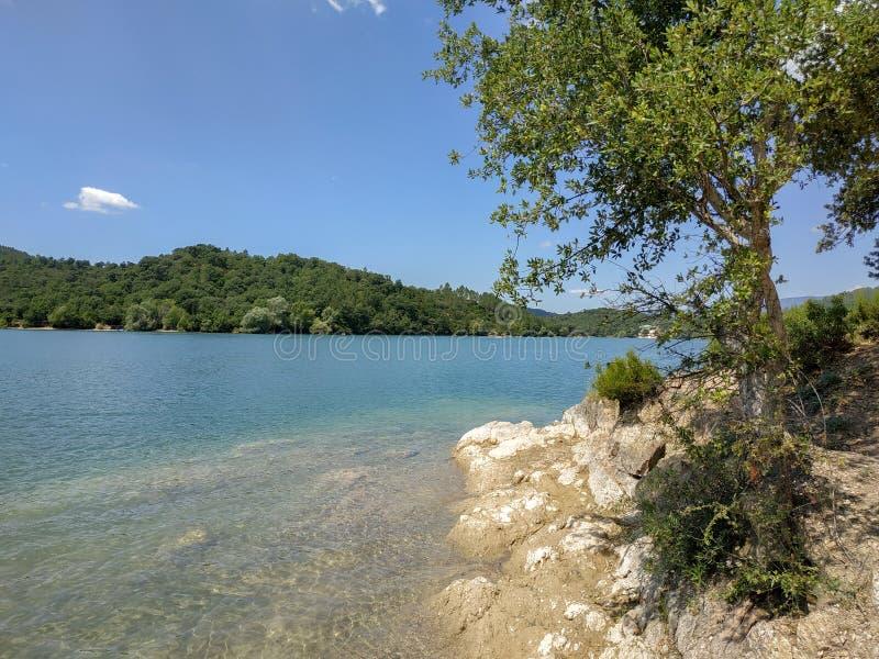 Γαλλία - λίμνη ST Cassien στοκ φωτογραφία με δικαίωμα ελεύθερης χρήσης