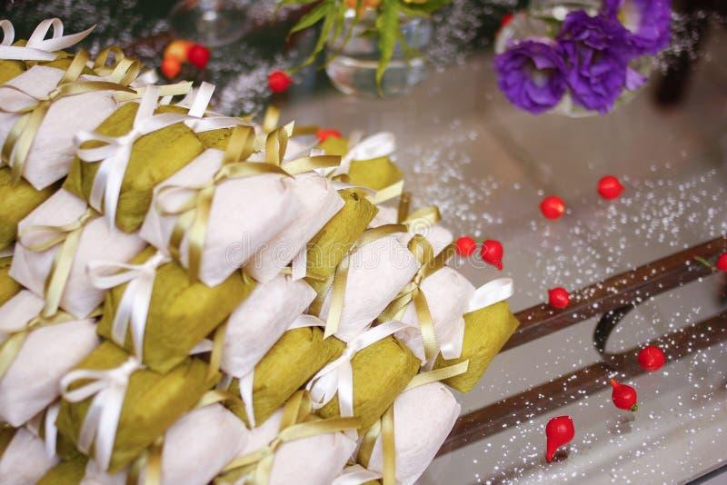 Γαμήλια καραμέλα - Sugarplum πάντρεψε καλά - casado Bem στοκ φωτογραφίες