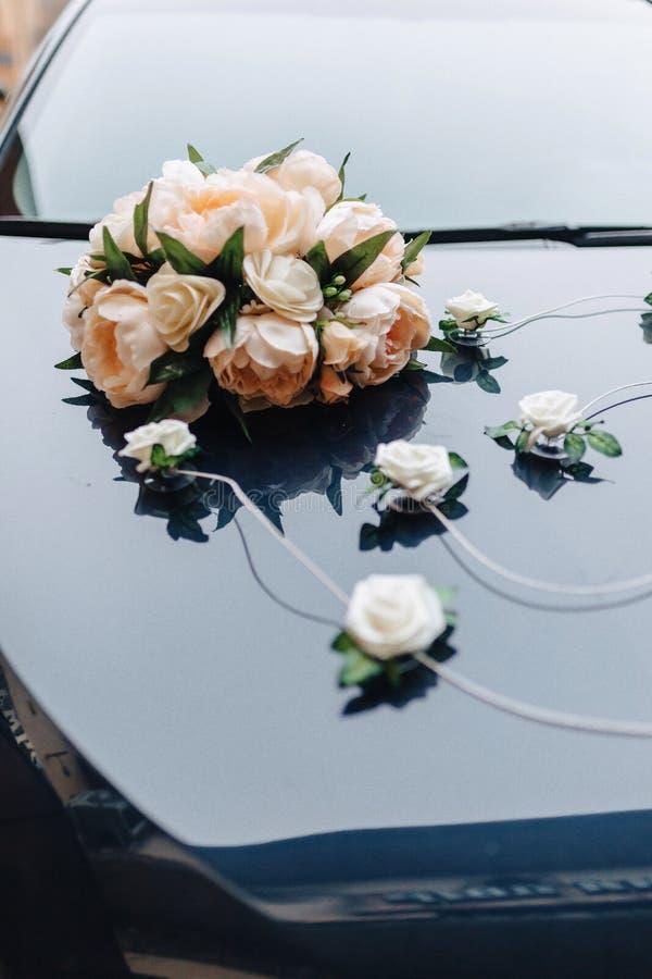 Γαμήλιο ντεκόρ, λουλούδια και floral σχέδιο στο συμπόσιο και την τελετή στοκ εικόνα με δικαίωμα ελεύθερης χρήσης