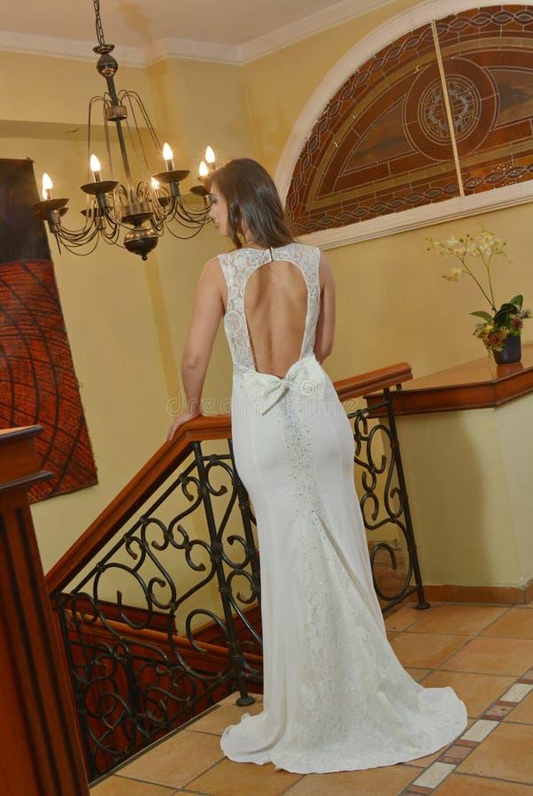 Γαμήλια όμορφη νύφη στοκ εικόνα με δικαίωμα ελεύθερης χρήσης